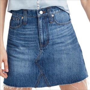 Madewell Rigid denim skirt size 31
